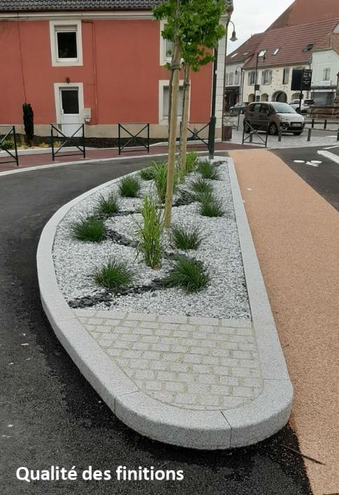 Finition de bordure avec plantation de végétation